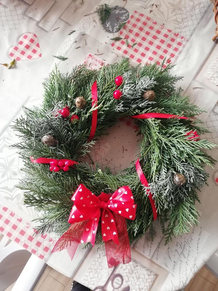 Immagini Di Ghirlande Di Natale.Creazioni Fuoriporta Ghirlande Di Natale Fatte A Mano