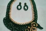 Girocollo +orecchini con catena colore oro e colore verde