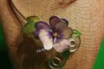 Girocollo Viola del Pensiero in vetroresina tecnica Tiffany su base alluminio t