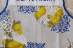 Grembiule con limoni ricamato a mano a punto croce