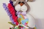 Il coniglietto pasquale realizzato in panno con il cuore in feltro