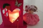Lanterna in feltro con candela a batteria