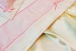 Lenzuolino per carrozzina bimba color  panna decorato con striscia in rigatino