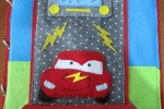 Libro tattile in feltro a tema Cars