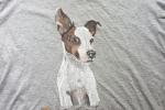 Maglietta dipinta a mano con cagnolino