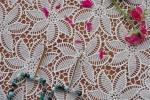 Orecchini a forma di quadrato con perle colorate