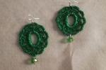 Orecchini all'uncinetto colore verde con pendente in pietra