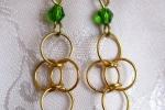 Orecchini chainmail in Argento 925 dorato e cristalli verdi