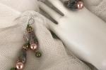 Orecchini ed anello in cristalli e pietre