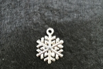 Orecchini pendenti - orecchini con charms fiocco di neve
