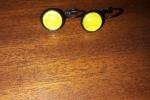 Orecchini in cabochon e applicazione in vetro gialla