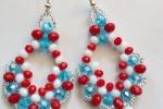 Orecchini in cristallo bianco, azzurro e rosso