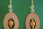 Orecchini in legno pendenti beige