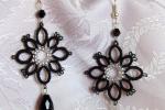 Orecchini neri al chiacchierino, cristalli, perline