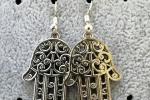 Orecchini pendenti - orecchini con charms Mano di Fatima