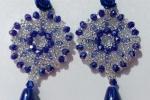 Orecchini realizzati con elementi in cristallo blu hand mad