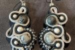 Coppia orecchini nero/argento con pietre dure