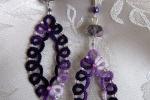 Orecchini viola al chiacchierino, cristalli e perline viola