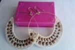 Orecchini a cerchio realizzate all uncinetto e con perle