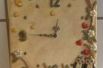 Orologio da parete decorato in polvere di ceramica su tela
