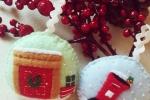 Palline Christmas Carol in pannolenci con tecnica applique