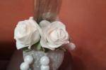 Pallina di Natale abbellite con fiori in fommy e tubolare