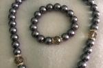 Parure in perle grigio antracite
