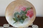 Piatto di vetro decorato con la tecnica del decoupage pitto