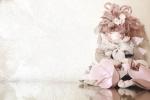 Pigottina da appendere con abitino in tela grezza antica