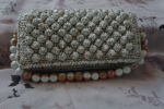 Pochette all'uncinetto