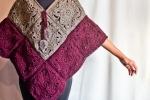 Poncho realizzato a mano con piastrelle crochet granny stil