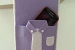 Porta cellulare in feltro a forma di camicia
