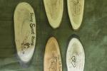 Porta chiavi / strofinacci da parete su legno pirografato