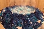 Porta confetti ampolla di vetro decorata con rose