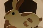 Porta tovaglioli/carte in legno forma coniglio
