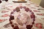 Portabiscotti decorato con biscotti e panna al cacao