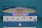 "Portagioie in legno dipinto a mano per bambina ""Mes bijoux"""
