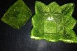 Portaoggetti resina lavorato di color verde brillante