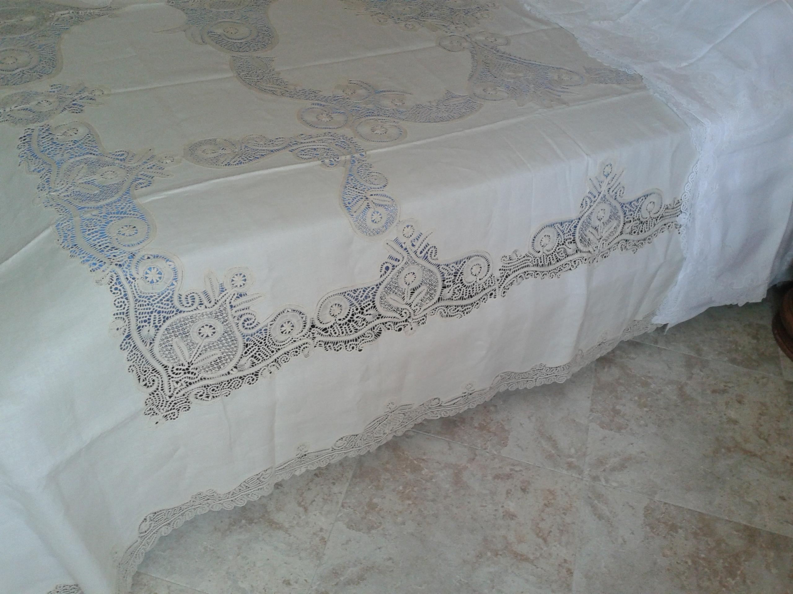 annunci decorazioni primo letto matrimoniale
