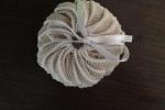 Profuma biancheria in cotone di bianco e beige