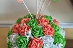Profumatore centrotavola realizzato con 47 piccole rose