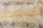 Asciugamano punto croce ricamato a mano