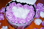 Rose in raso in scatola