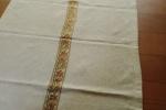 Runner in tessuto antico realizzato a telaio di colore écru