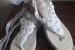Sandalo infradito con tecnica macramè mod. 027