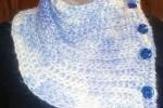 Scalda collo fatto ai ferri lana bianca/viola/blu