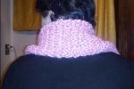Scalda collo fatto ai ferri lana rosa