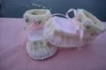 Scarpette neonata modello polacchina bianco e rosa