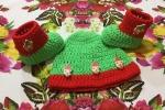 Scarpette e cappellino Natale verde/rosso