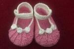 Scarpine bebè rosa con fiorellini bianchi